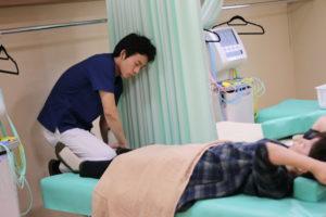 上尾市すぎやま整骨院膝の痛みひざに水が溜まる